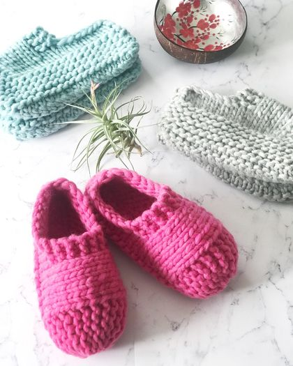 Virgin Wool/Acrylic Cloud Slippers - Women's