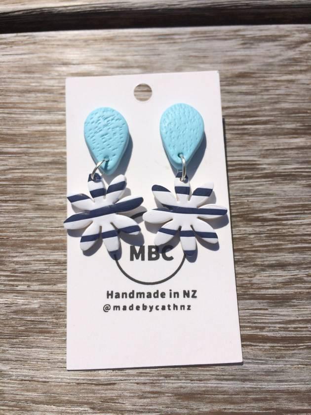 Nautical Daisy Dangles - Handmade in New Zealand