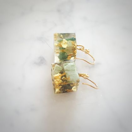 NZ Genuine Greenstone/Pounamu and Pure Gold Flakes in Cube Resin Earrings