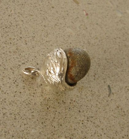 Acorn pendant made of solid sterling silver and natural beach stone
