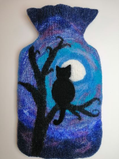 "Original felted ""Cat in the Moonlight"" hottie cover"
