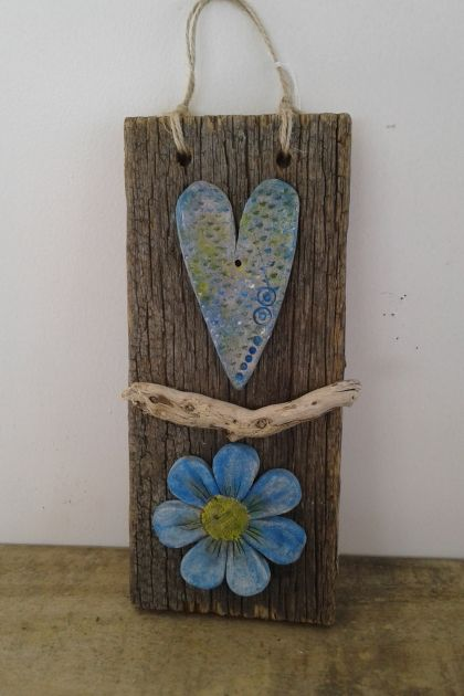 Heart and flower plaque