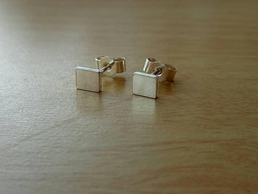 Sterling Silver simple stud earrings