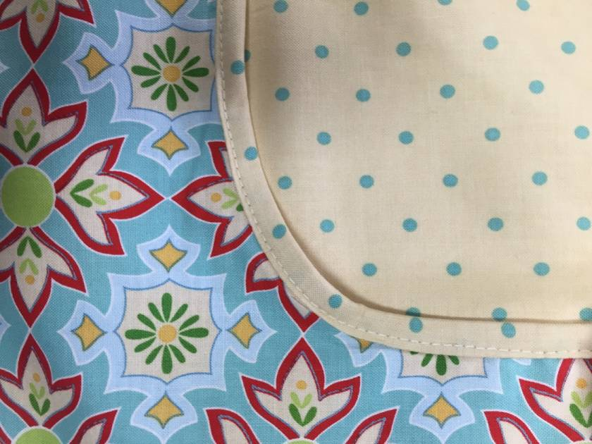 BNWOT Peg Apron Cream & Turquoise Spot with Turquoise Floral Fabric