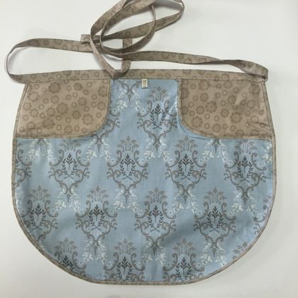 BNWOT Peg Apron Blue & Brown Floral with Blue Fleur de Lys Fabric