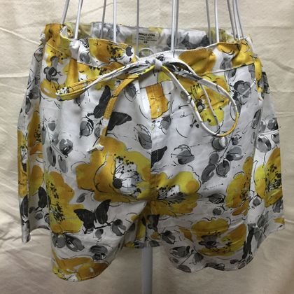 BNWOT Beach, Bed or Anywhere Shorts, 100% Cotton Large Yellow Floral Fabric