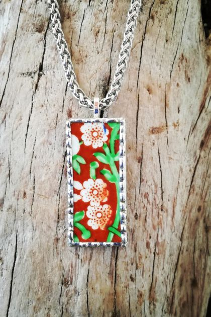 """Clematis"" pendant - upcycled vintage china P031"