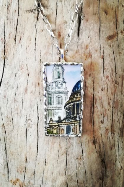 """St Paul's"" pendant - upcycled souvenir china P020"