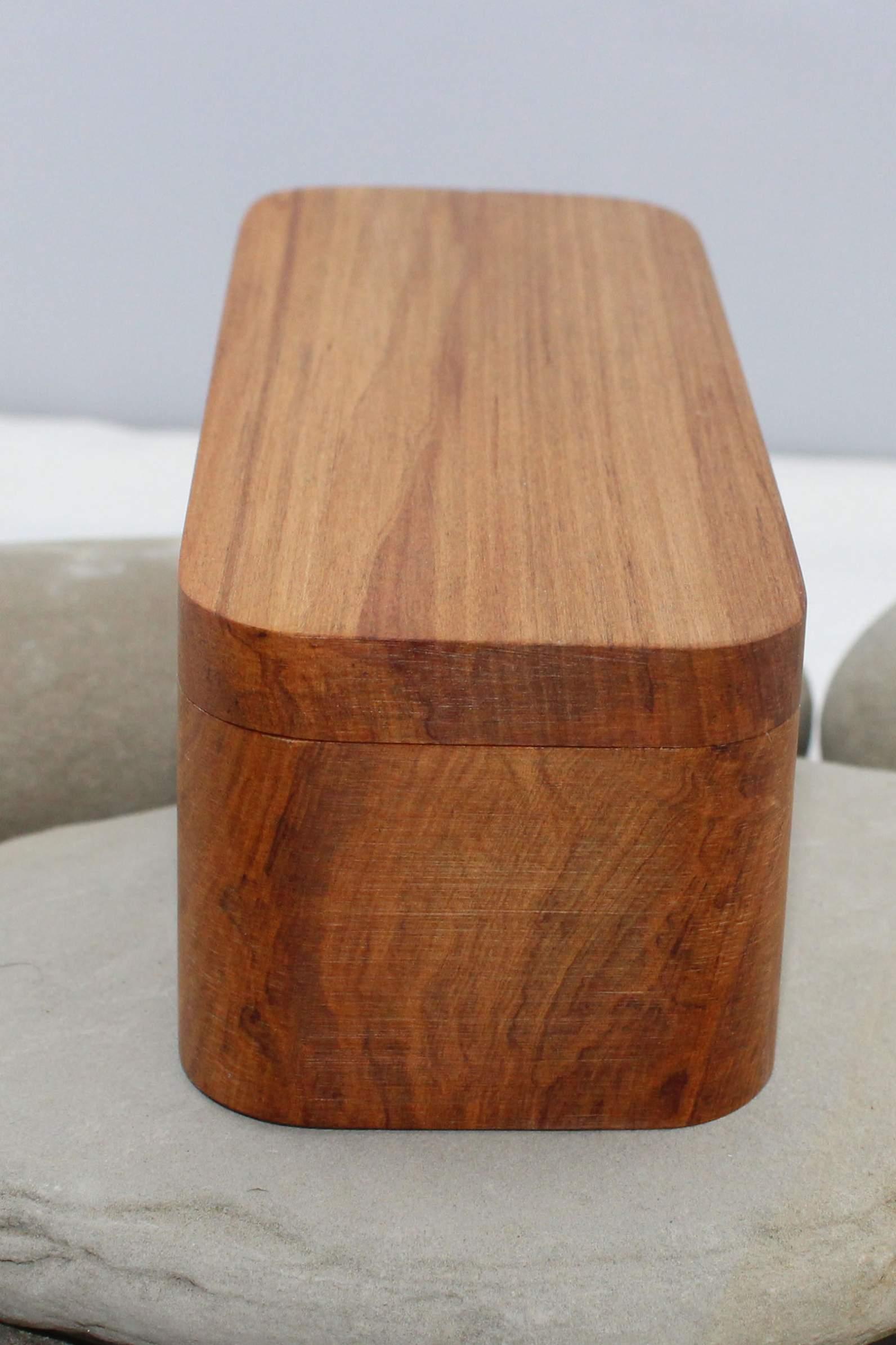 Nz Made Rimu River Wood Rectangle Plain Box Small Flat Lid Felt