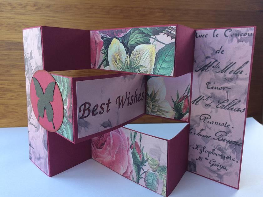 Floral tri-shutter card