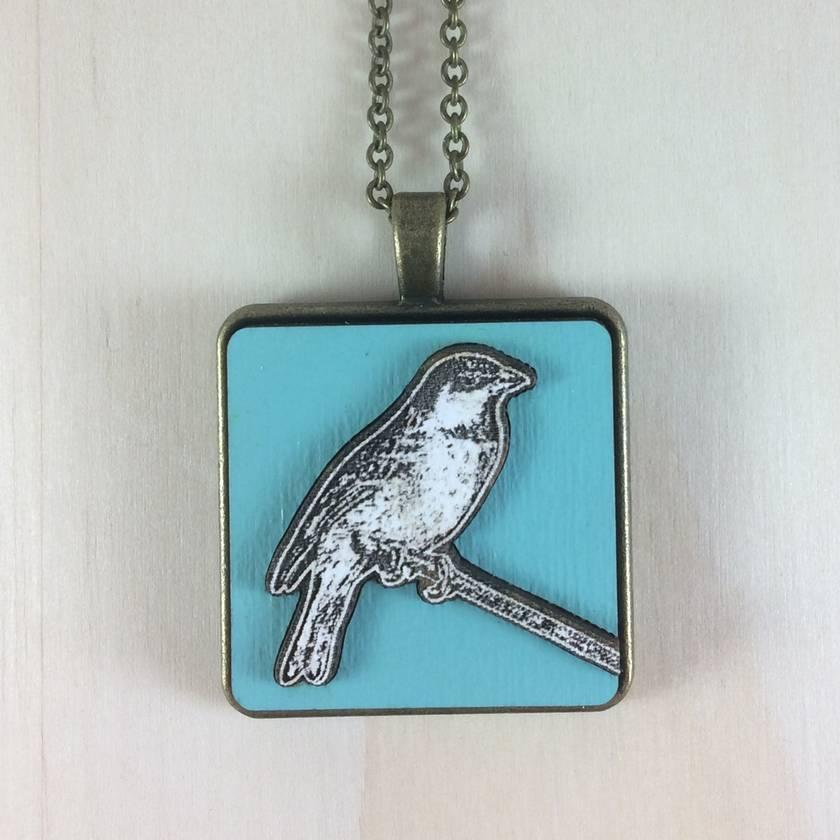 Sparrow Pendant - white/gulf blue