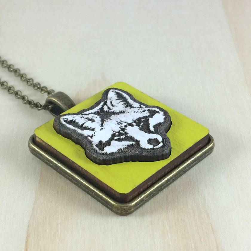 Fox Pendant - white/bright yellow