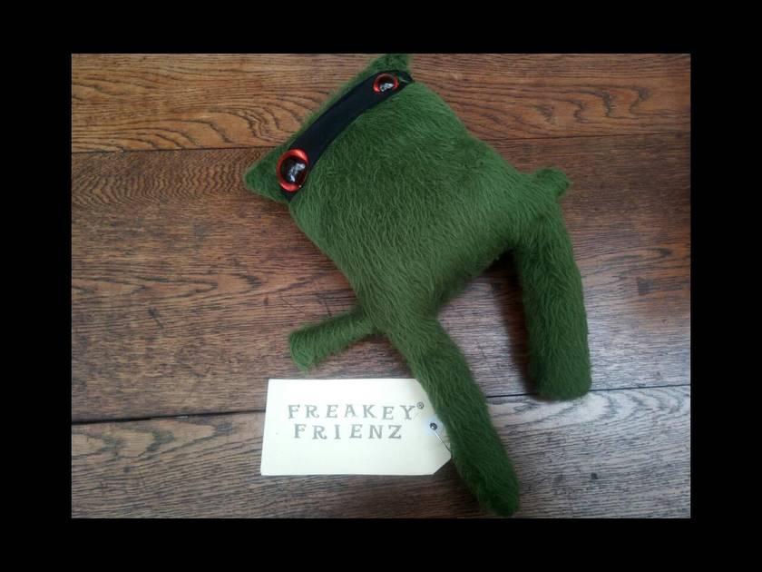 Freakey Frienz.