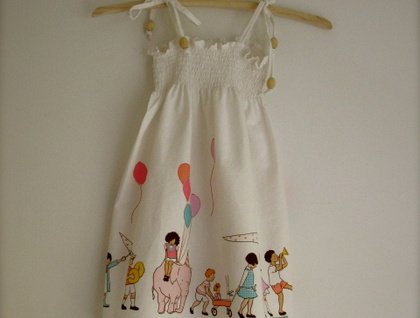 Pretty 'Children at play' sundress!