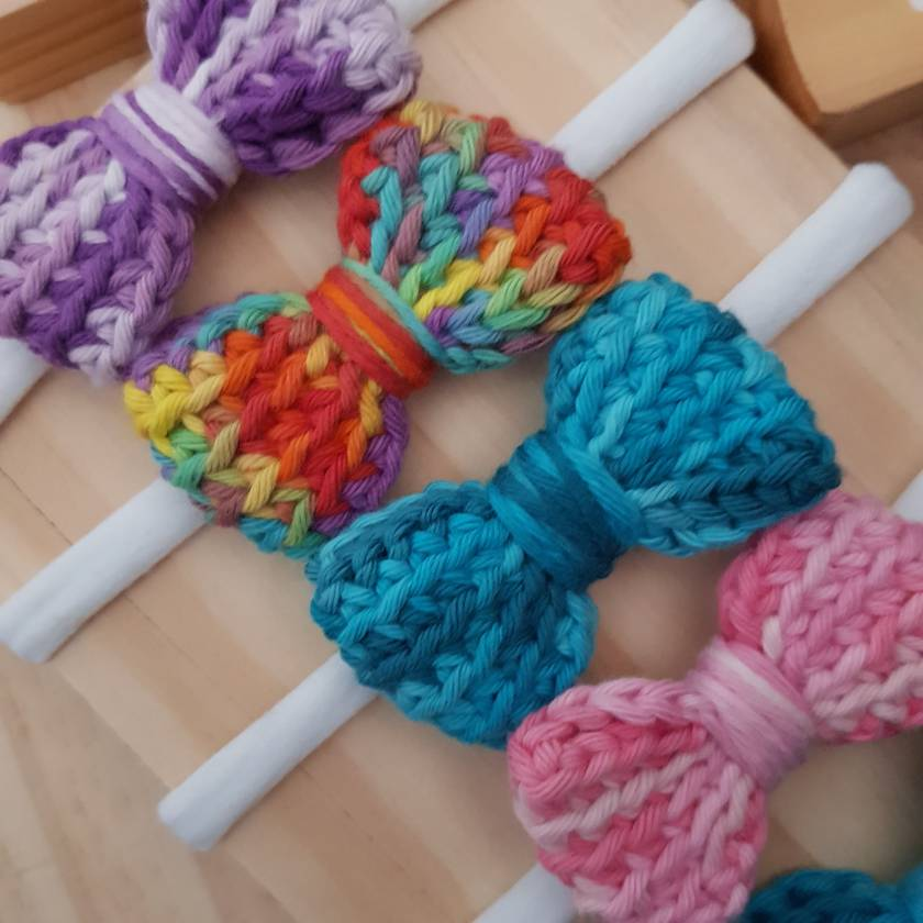 Crochet patterned bow headband/tie