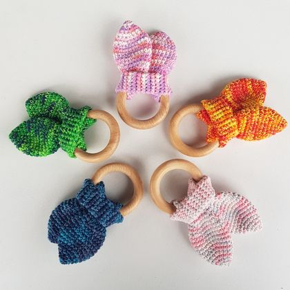 Crinkle ears teething rings