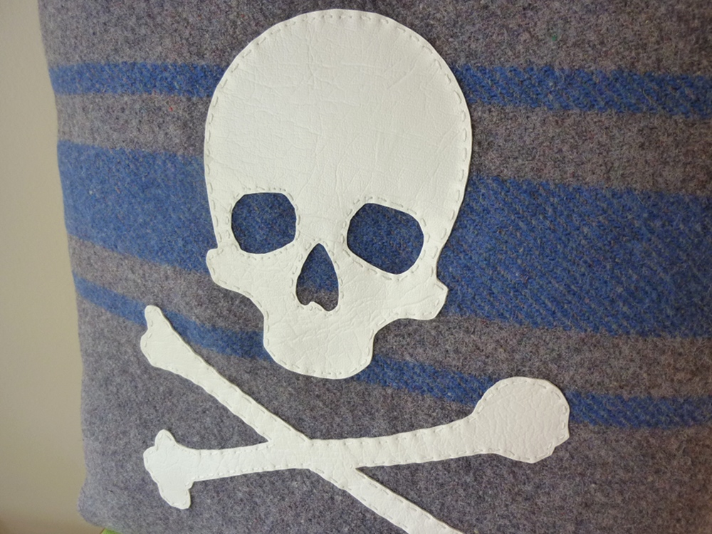 Skull & Crossbones Cushion | Felt