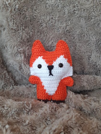 Crochet Pocket Fox