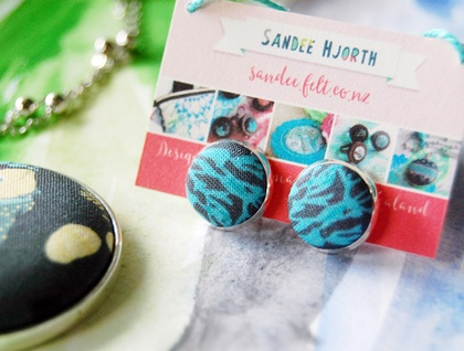 Round earring studs, fabric button, silver