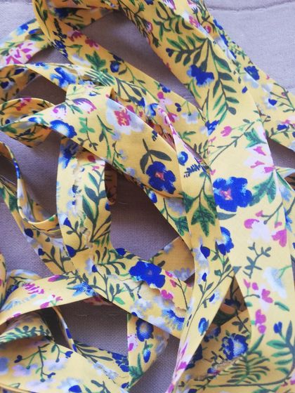 Yellow floral bias binding - 18mm x 5m
