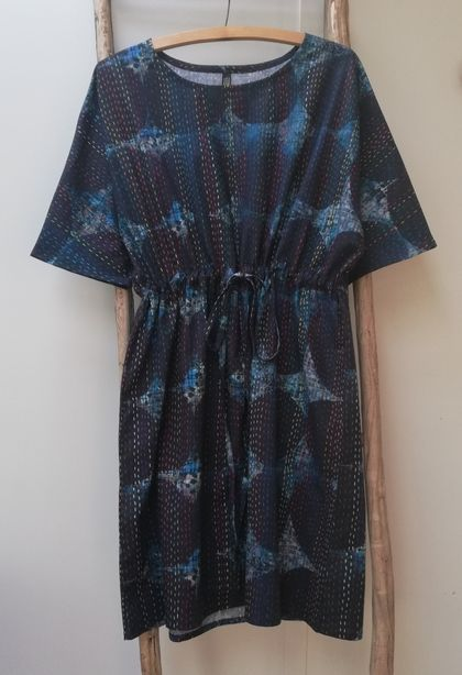 Blue circle print cotton dress