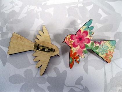 Flying Fantail Brooch