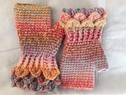 Fingerless gloves with wrist detail: made to order