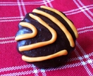 Mini Squiggle Chocolate Biscuit Pin - Hokey Pokey Flavour