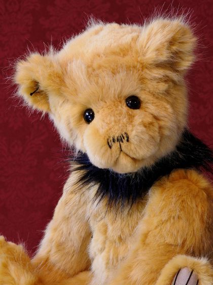 'Goldie' - a heirloom Teddy Bear for life!