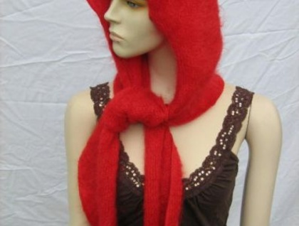 COSY RED MOHAIR SCOODY - SCARF AND HOOD IN ONE!