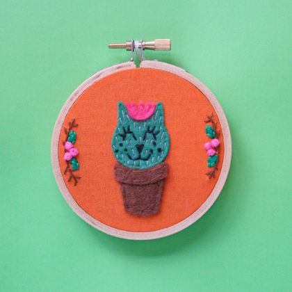 Embroidery Hoop Wall Art - Catcus