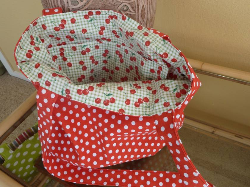 Red Dot Cherries Tote