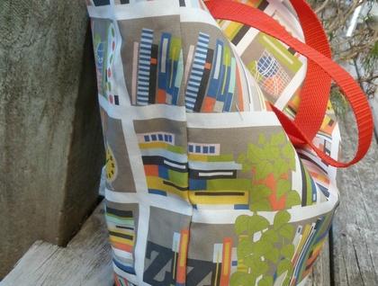 Bookshelves - Tote