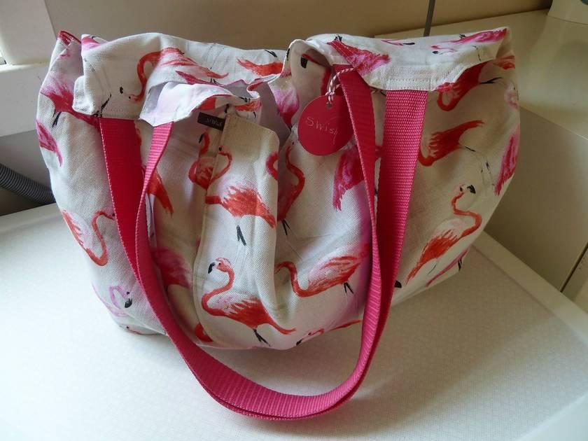 Flamingos to Go  -  Market tote
