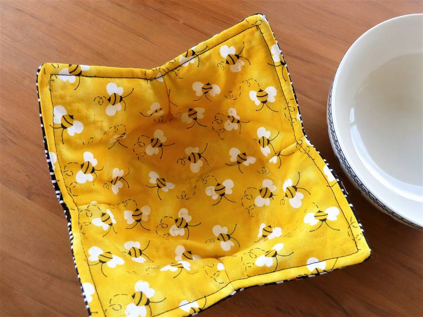 Microwave Safe Bowl Cosy - Bzzy Bees