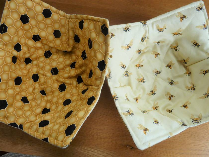 Cotton Bowl Cosies  -  Microwavable  -  Bees and Honeycomb