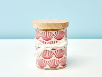 Pohutukawa scented soy candle with wooden lid and decal wrap