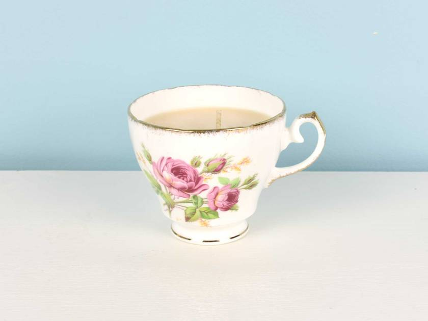 Passionflower scented soy teacup candle
