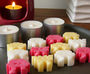 12 space invader soy melts and 3 soy tealights – box set